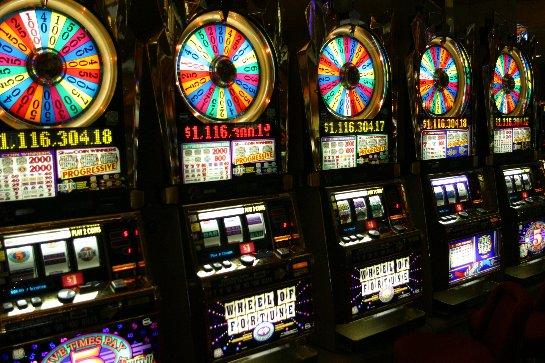 Получить бонус в казино Азино777